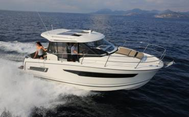 Merry Fisher 895 AQUILA with AC shore power